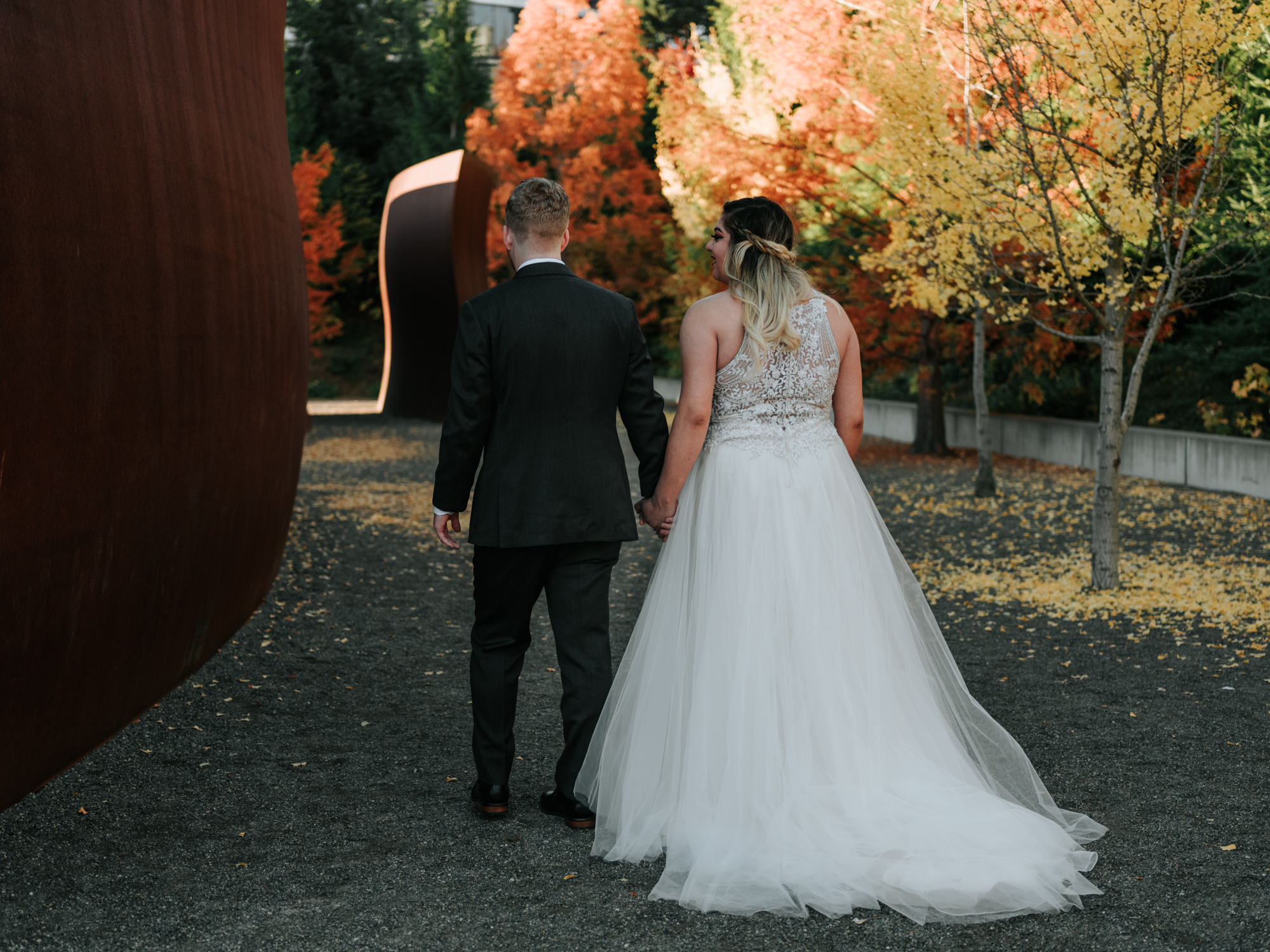 Stolen Glimpses Seattle Wedding Photographers 24.jpg