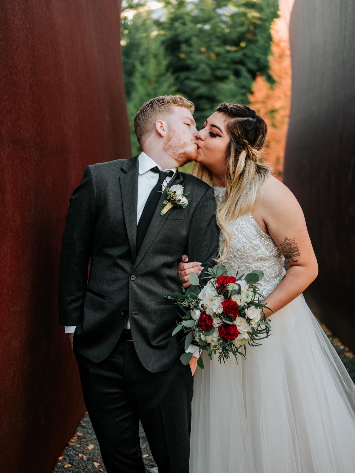 Stolen Glimpses Seattle Wedding Photographers 31.jpg
