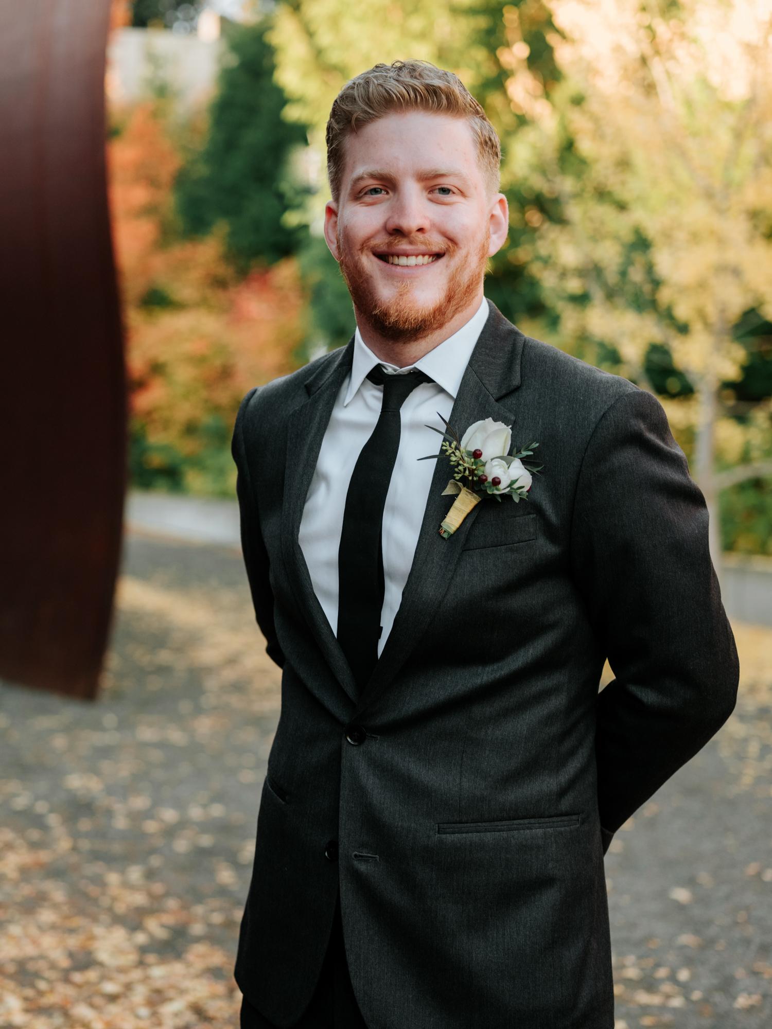 Stolen Glimpses Seattle Wedding Photographers 34.jpg