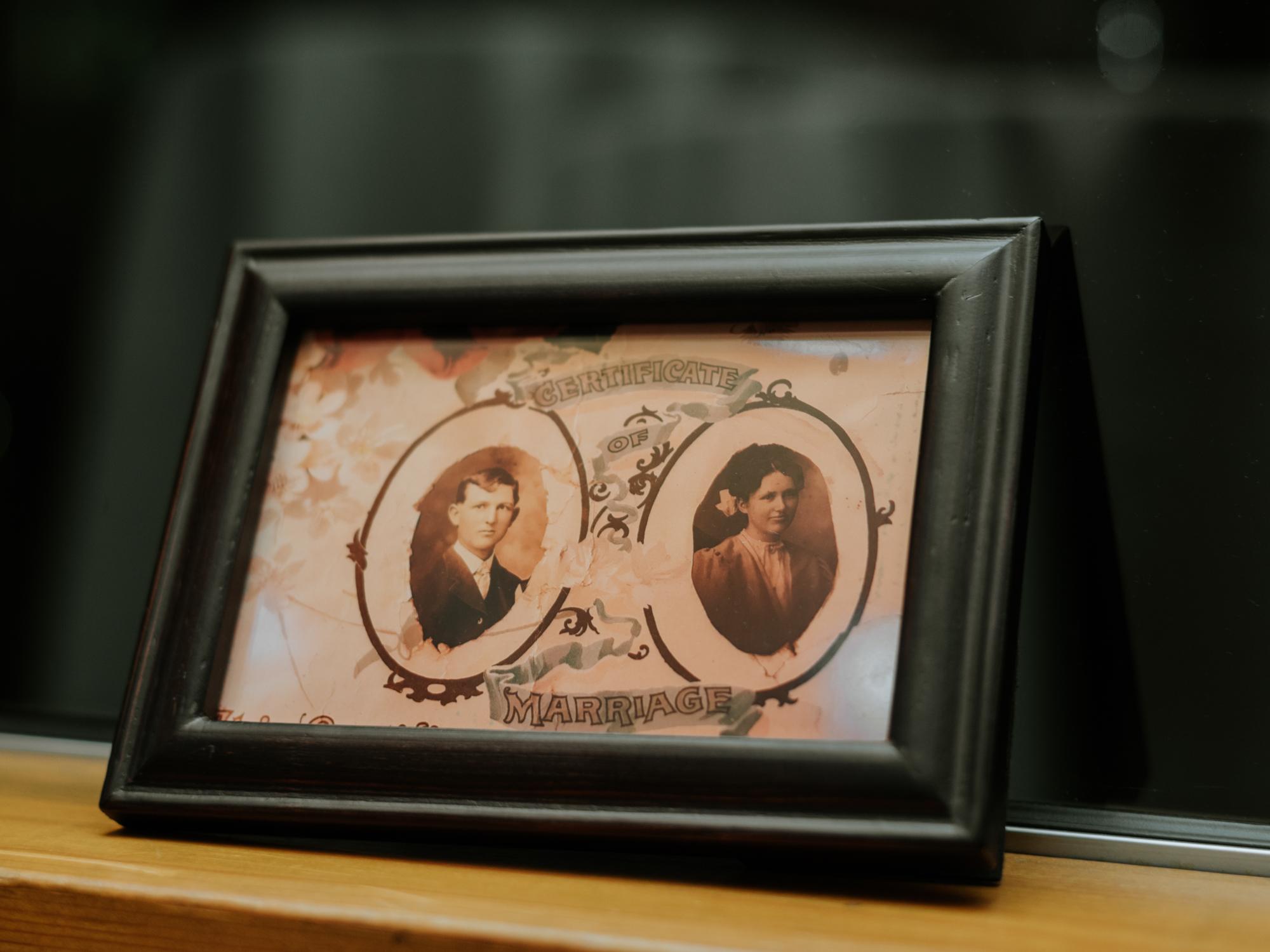 Stolen Glimpses Seattle Wedding Photographers 70.jpg