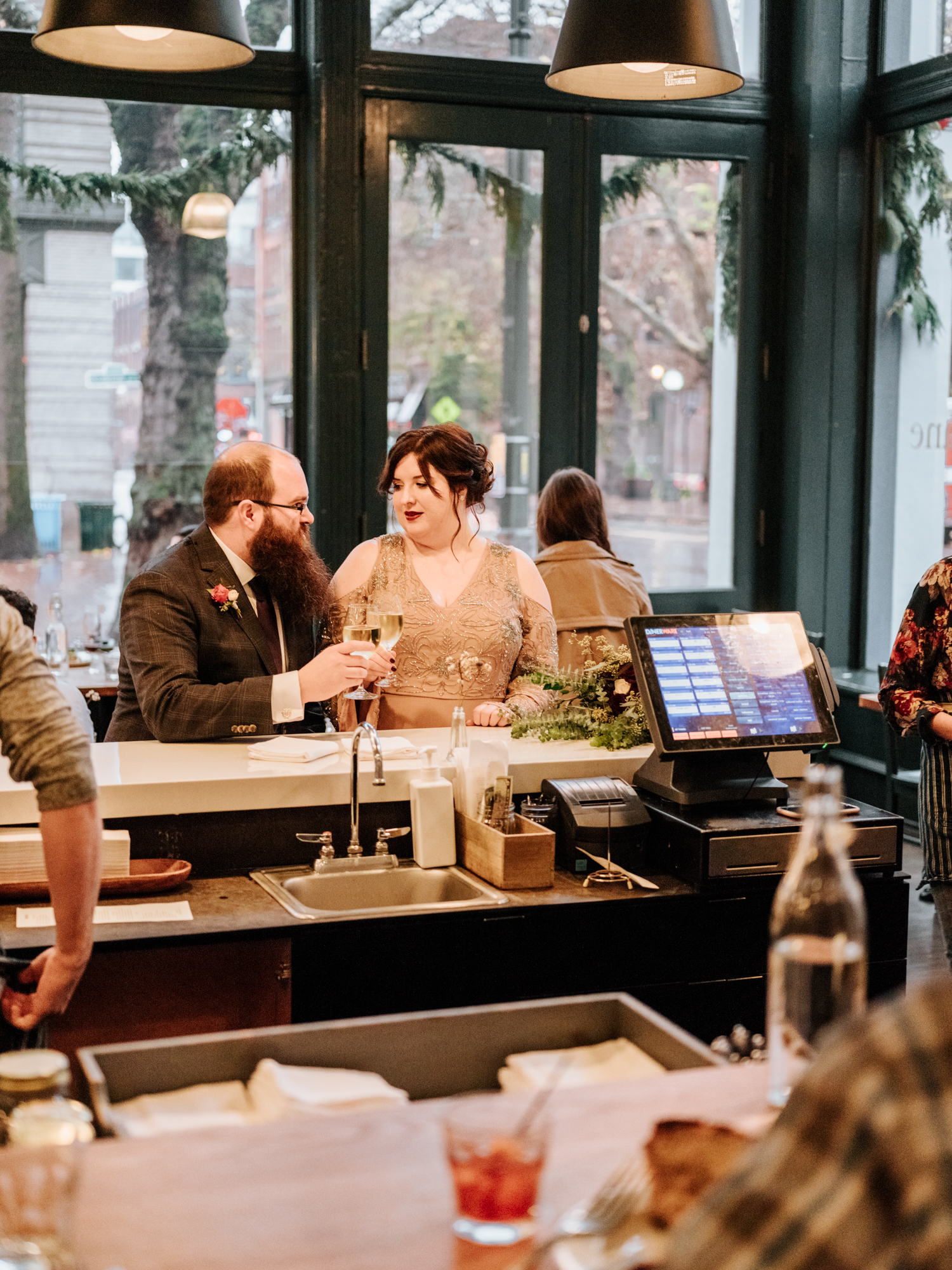 Seattle Wedding Photographers Stolen Glimpses 15.jpg