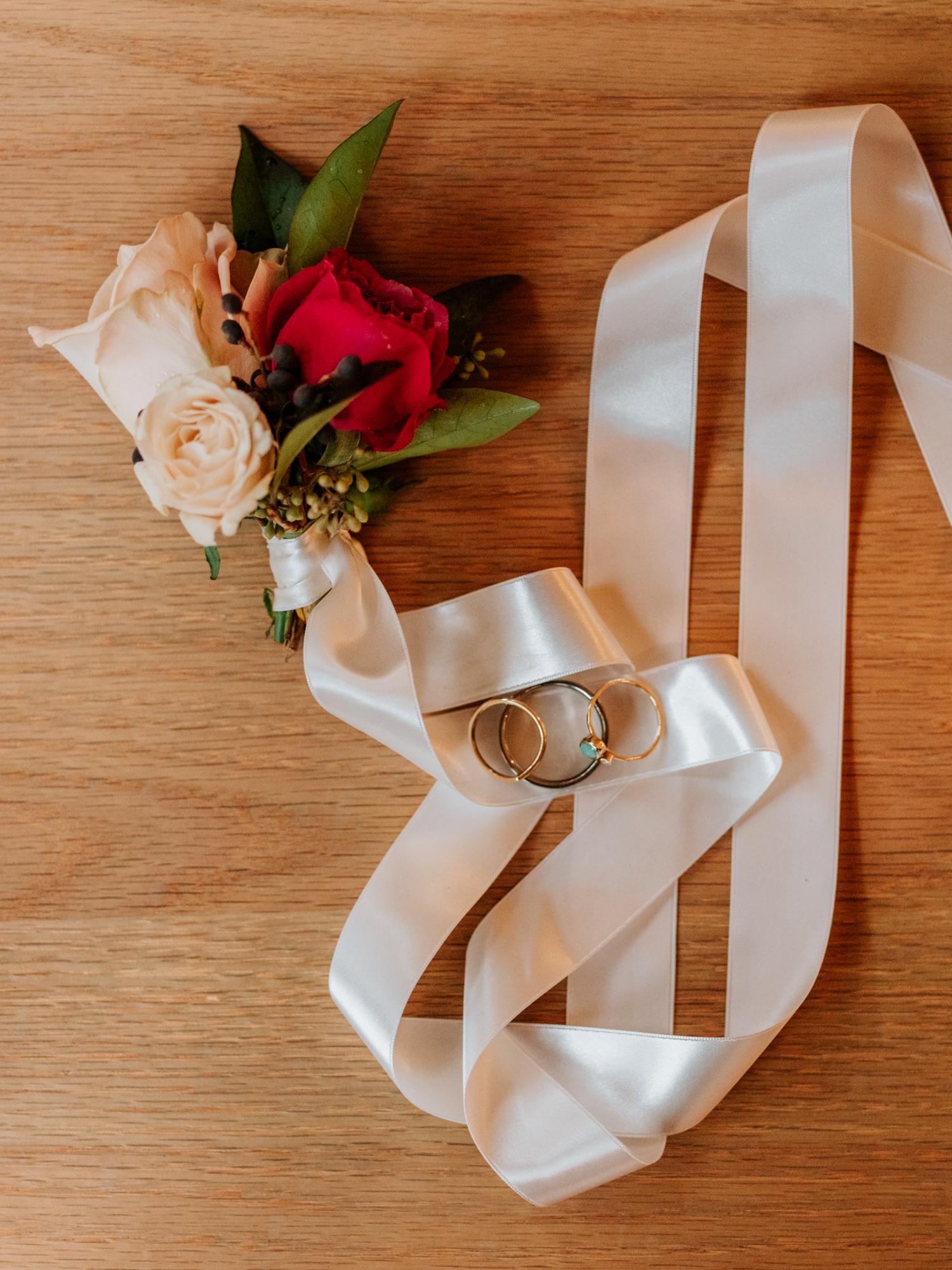 Seattle Wedding Photographers Stolen Glimpses 45.jpg