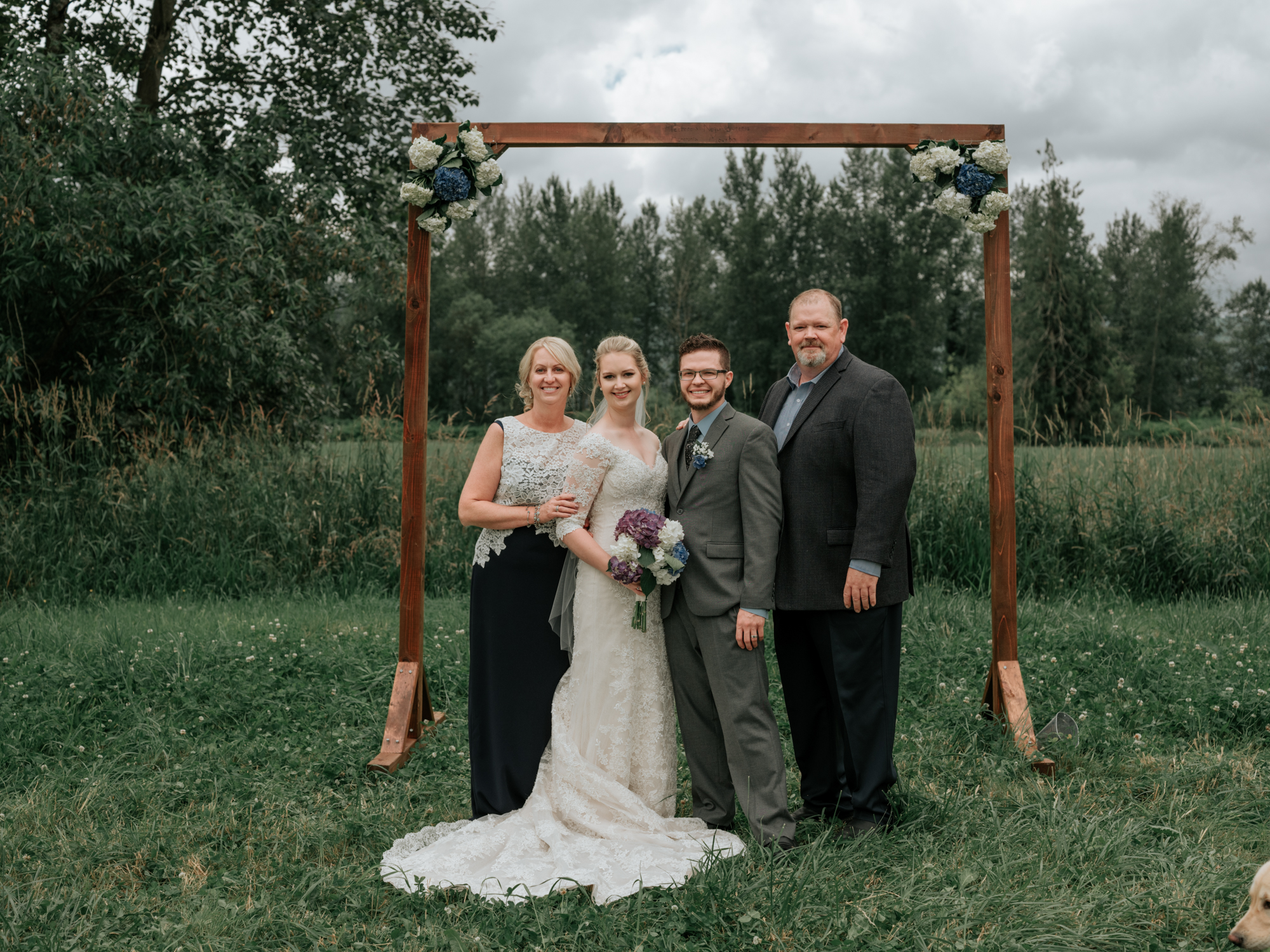 Stolen Glimpses Seattle Wedding Photographer Family Photos Tips6.jpg