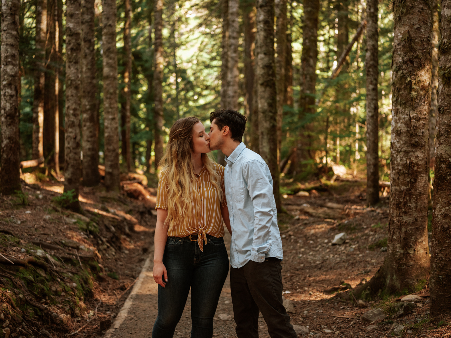 Franklin Falls Washington Engagement Session Stolen Glimpses Seattle Wedding Photographer 05.jpg