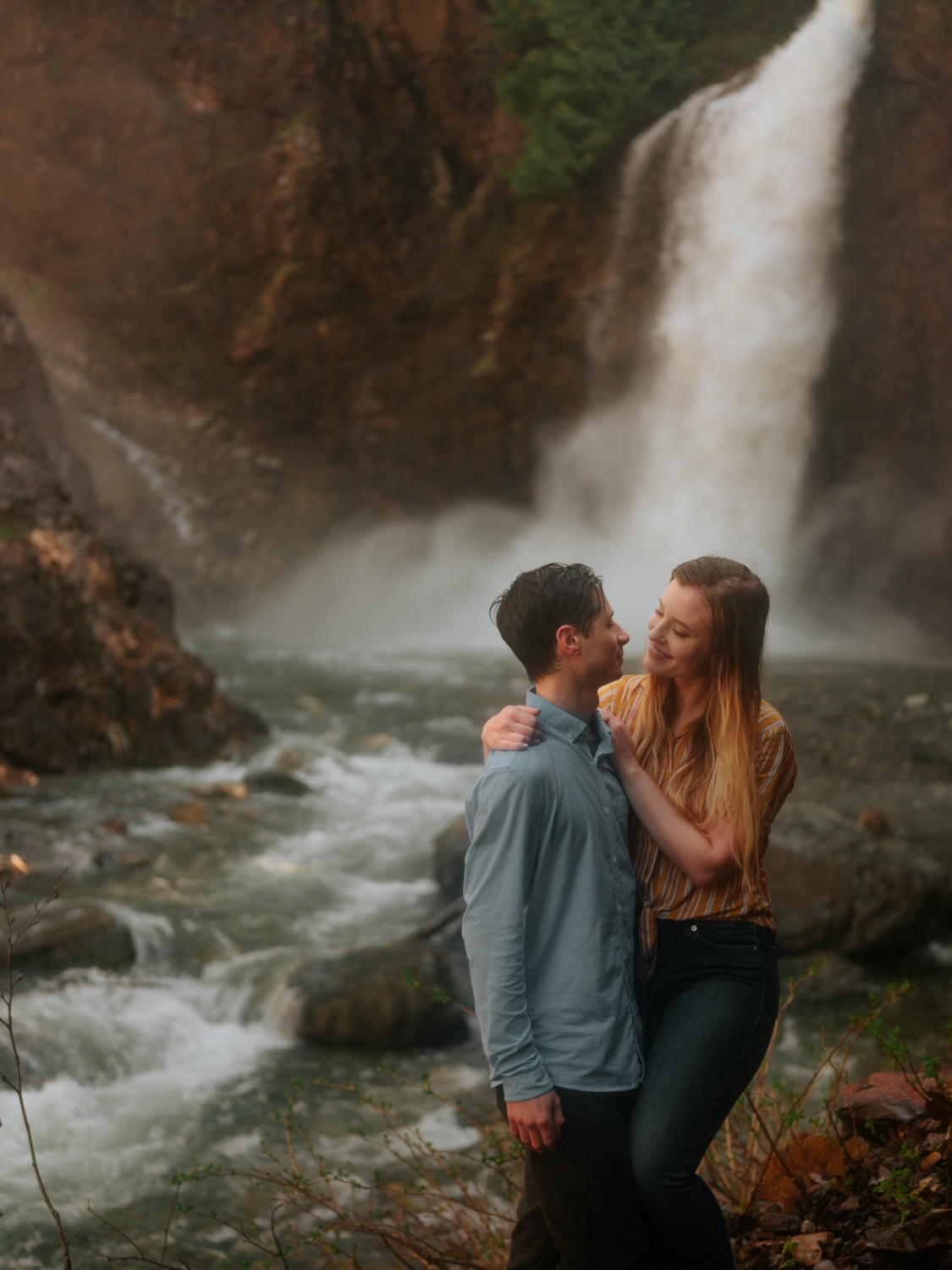 Franklin Falls Washington Engagement Session Stolen Glimpses Seattle Wedding Photographer 37.jpg