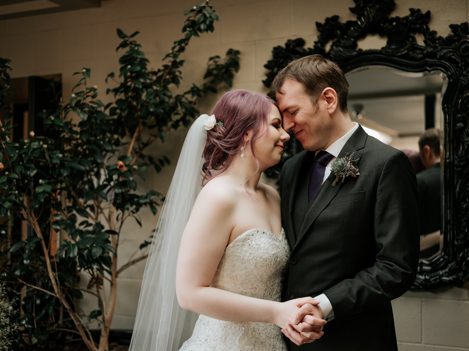 stolen glimpses ballard hotel seattle wedding photographer 30.jpg