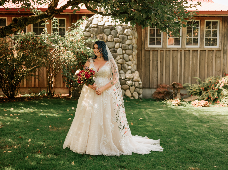 stolen glimpses red cedar farm seattle wedding photographer 03.jpg