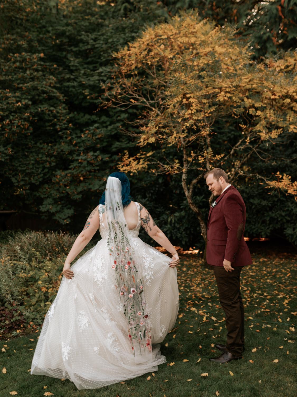 stolen glimpses red cedar farm seattle wedding photographer 05.jpg