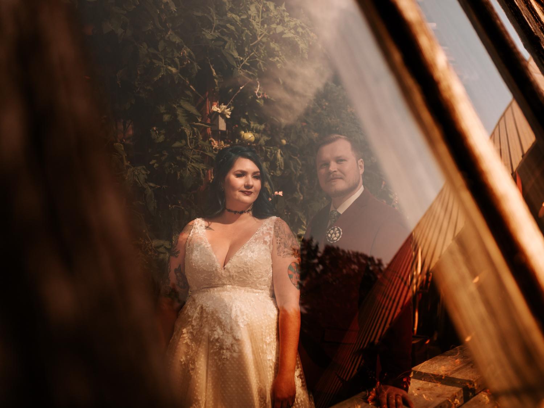 stolen glimpses red cedar farm seattle wedding photographer 08.jpg