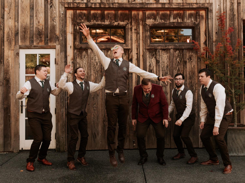 stolen glimpses red cedar farm seattle wedding photographer 13.jpg