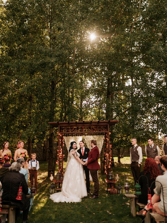 stolen glimpses red cedar farm seattle wedding photographer 18.jpg