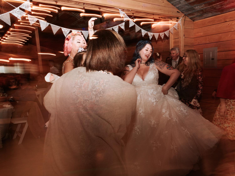 stolen glimpses red cedar farm seattle wedding photographer 23.jpg