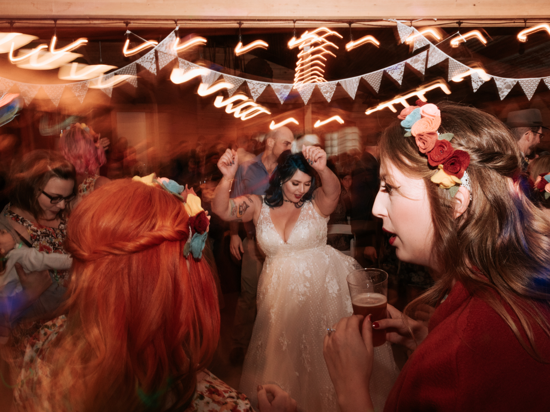 stolen glimpses red cedar farm seattle wedding photographer 24.jpg