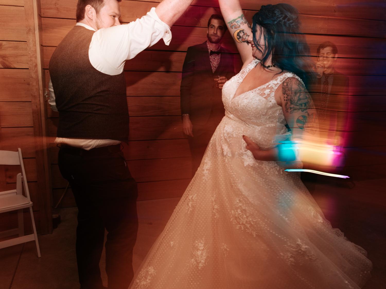 stolen glimpses red cedar farm seattle wedding photographer 30.jpg