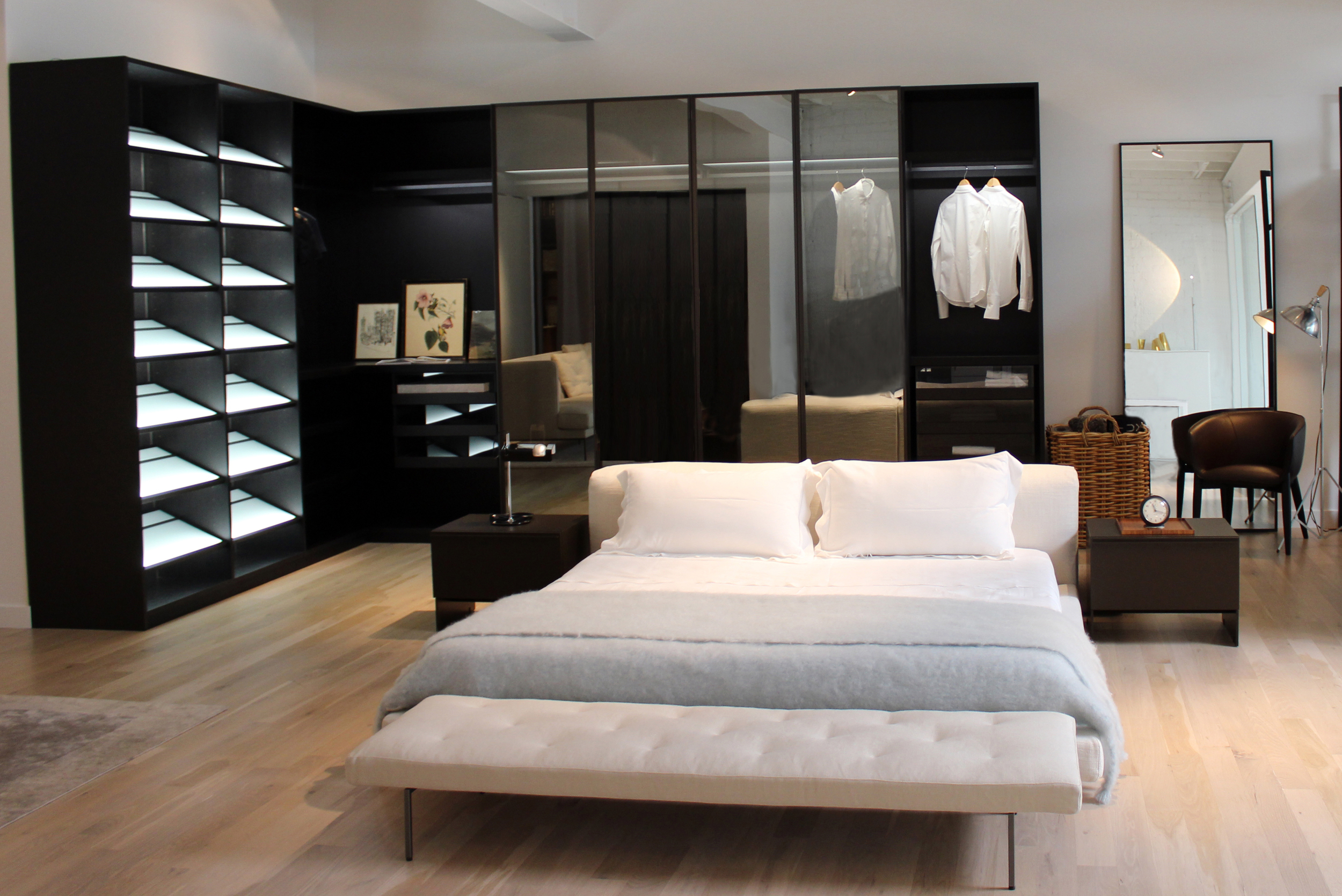 Our 2015 night area features a custom walk-in closet by  Porro  with the Softwall Bed and Lipp Bench  by Living Divani. #livingdivani #porro   #pierolissoni   #modern #architects #designers #design #LosAngeles #moderninteriors