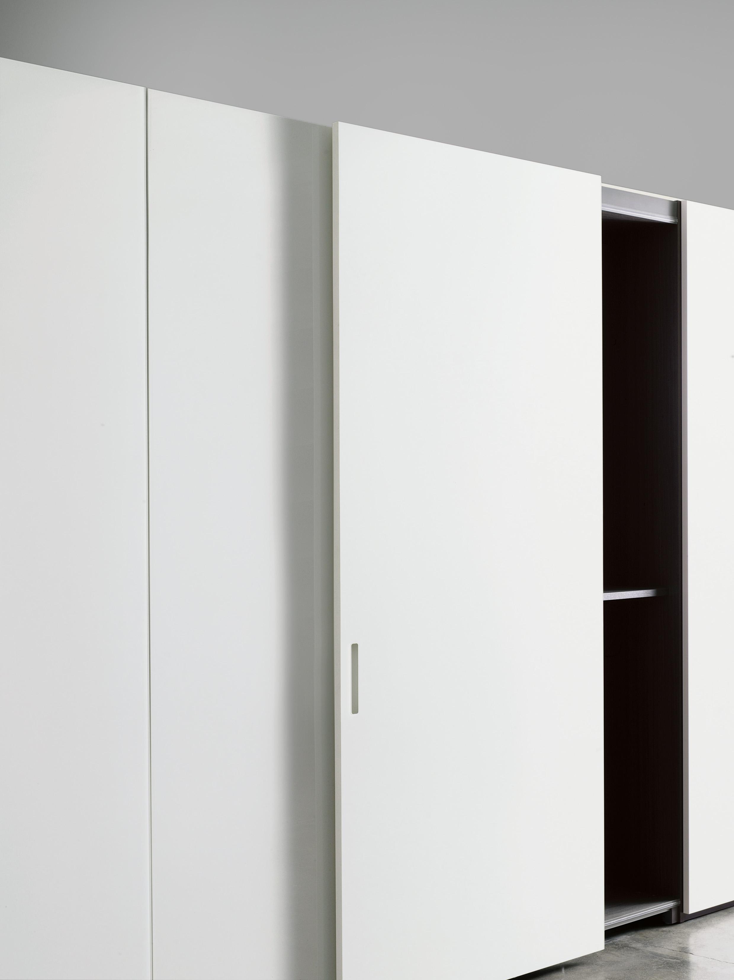 storage complinar doors.jpg