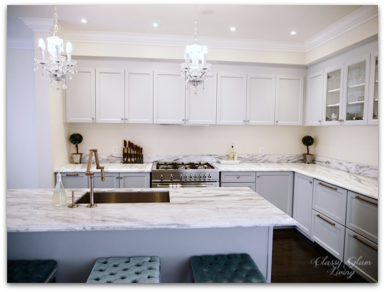 Kitchen in-progress update | Grey Cabinets | Glass doors on upper cabinets | Minimalist kitchen with level upper cabinets | Classy Glam Living