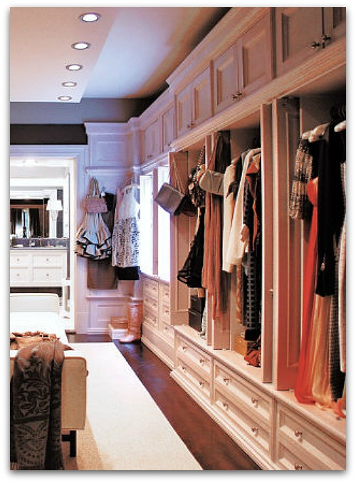 CARRIE'S CLOSET IN SEX AND THE CITY 2, IMAGE VIA   MARKS & FRANTZ