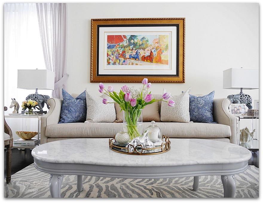 Navy blue pillows in living room | contrasting colour | Classy Glam Living