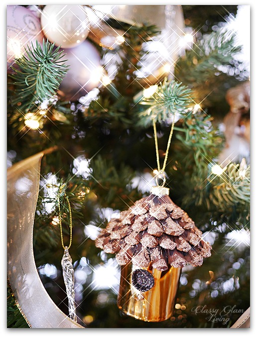 Mixed Metallics Christmas Tree decorations | Classy Glam Living 3