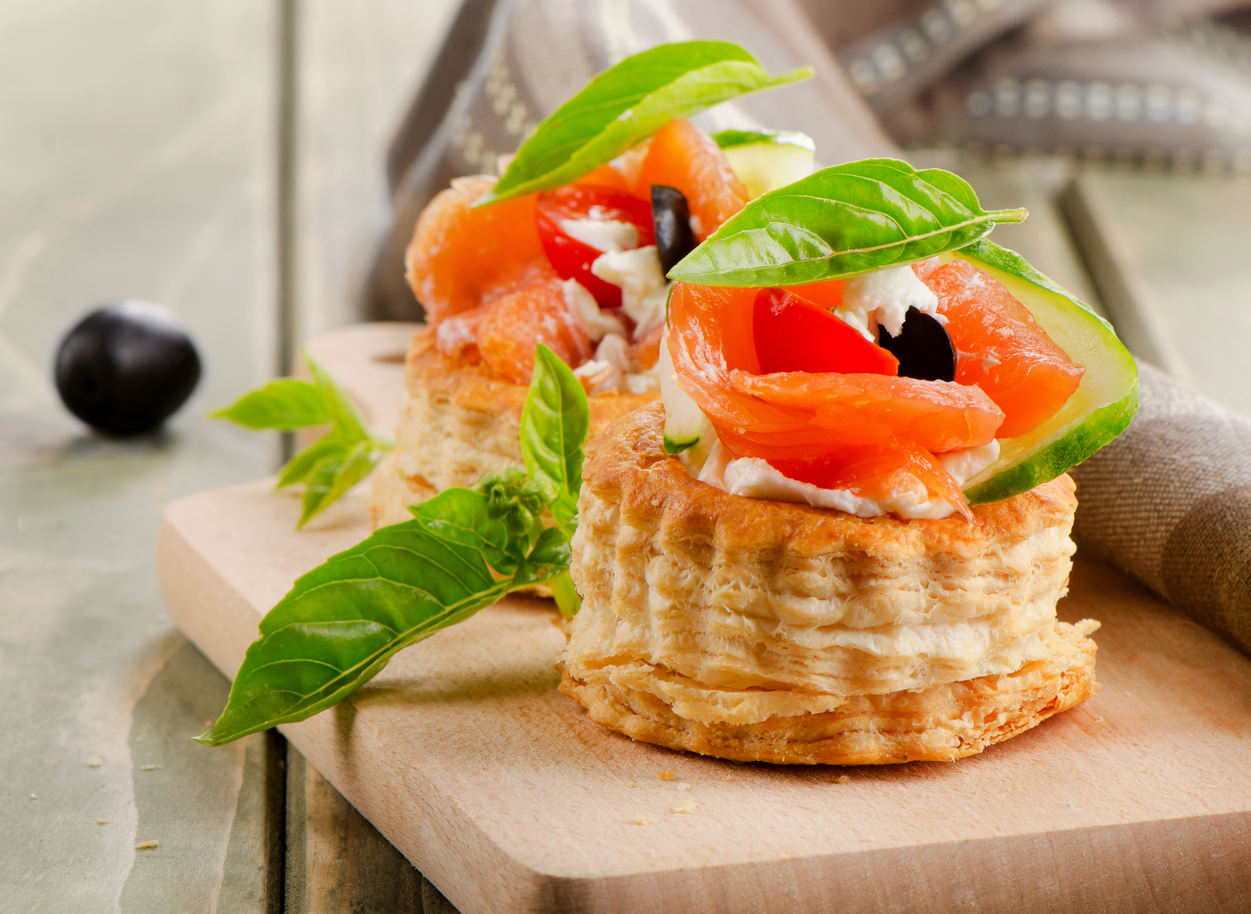 Smoked Salmon Canapes with Dill Cream Cheese and Cucumber