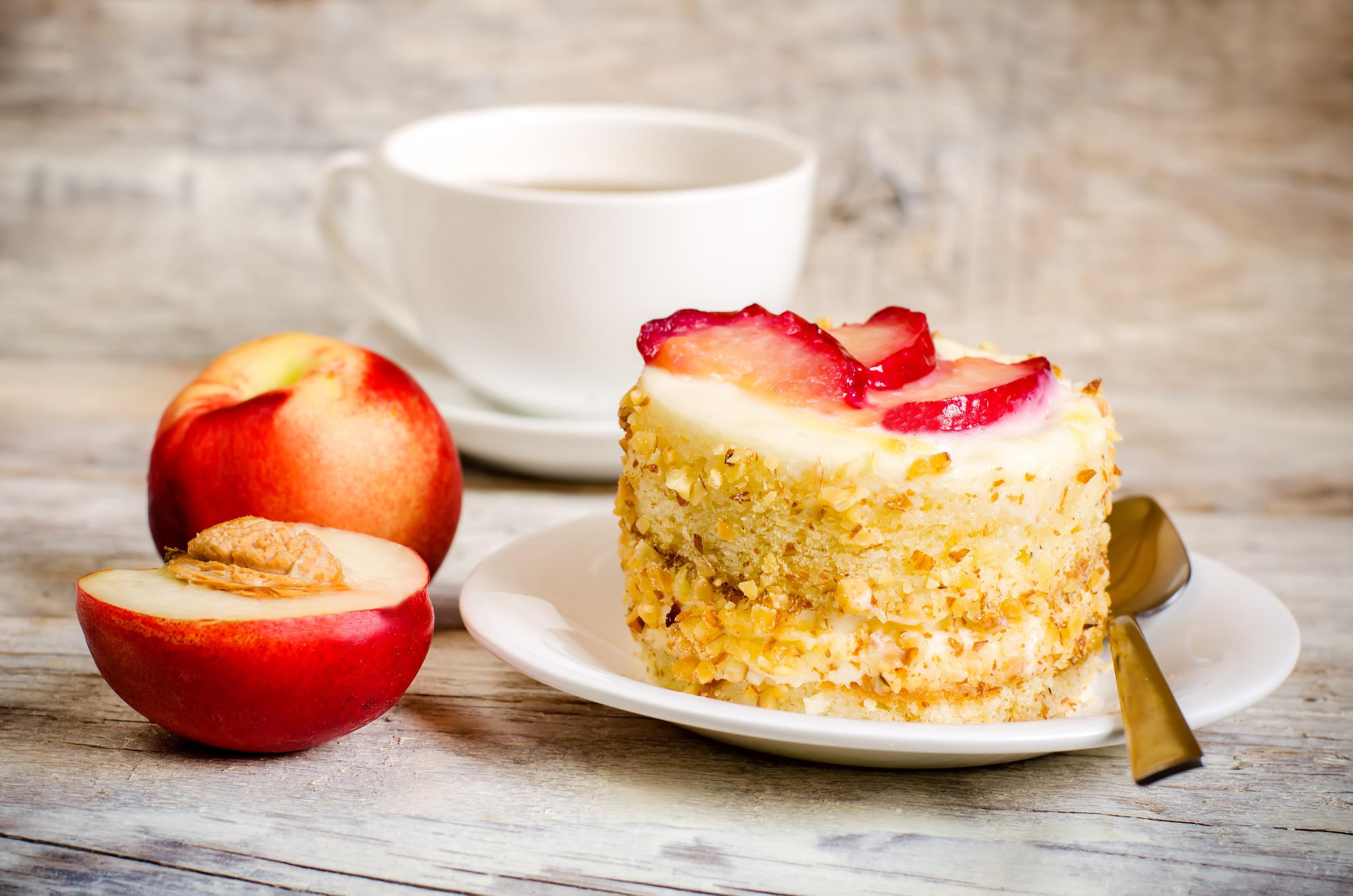 Mini Cheesecake with Peaches.jpg