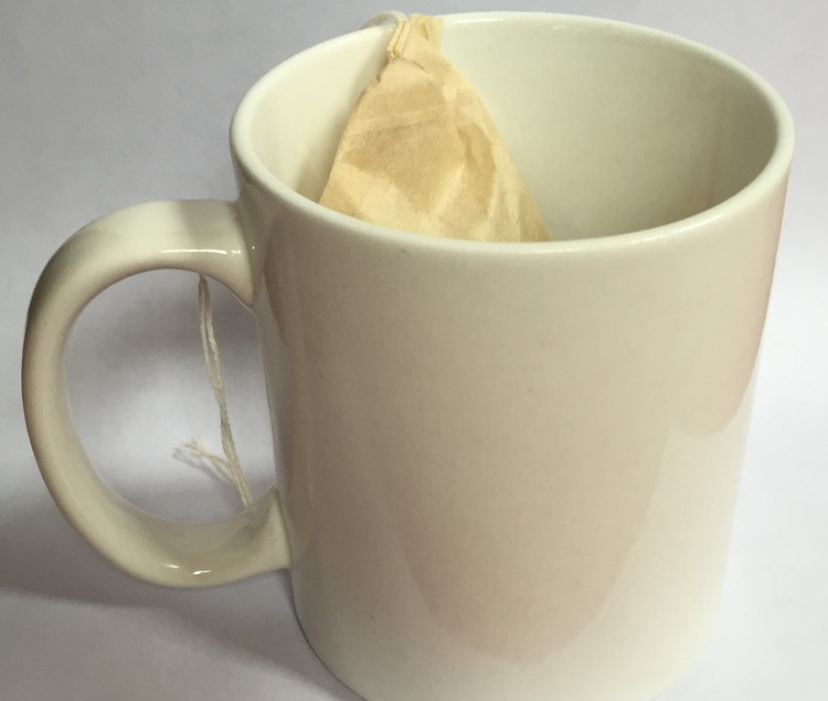 Place filter in your cup, pour hot water, and steep for desired amount of time.      The longer strings allow for easy brewing is oversized mugs and larger cups. The full user experience was designed with you in mind.