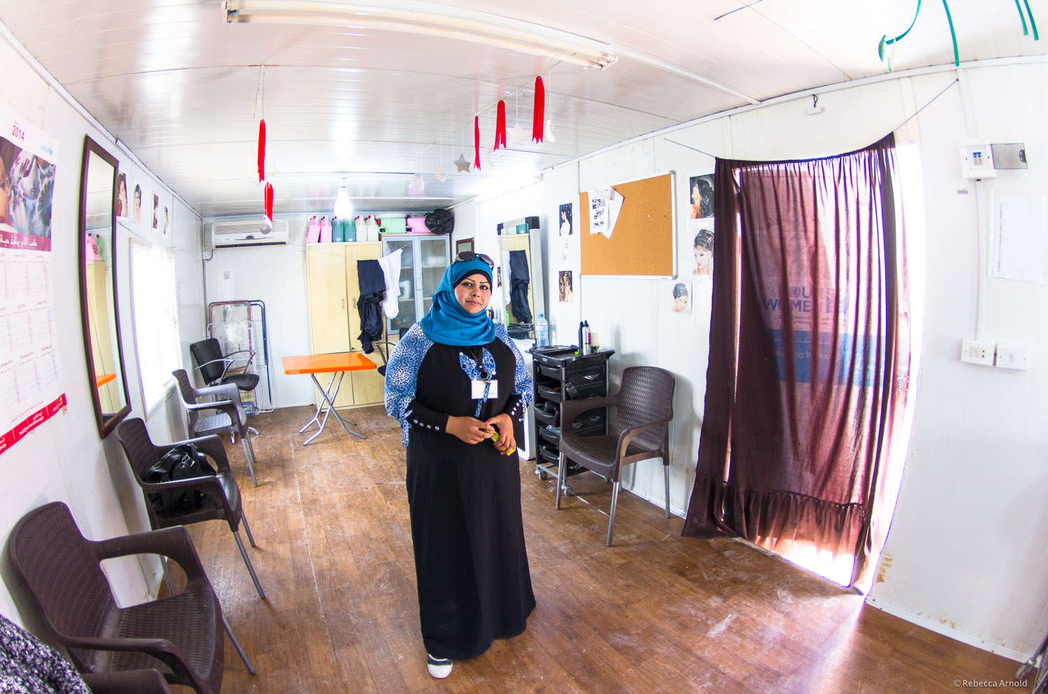 ARDD-Legal Aid partners with UNWomen on the Oasis Project . Creating a safe space and get skills training for Syrian women,like thishair salon. Zaatari Refugee Camp, Jordan