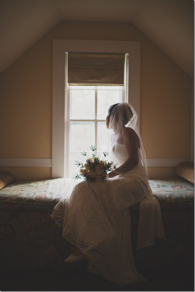 Does the thought of being in front of a camera make you nauseous? 7 Tips for Brides and Grooms who Don't like Cameras