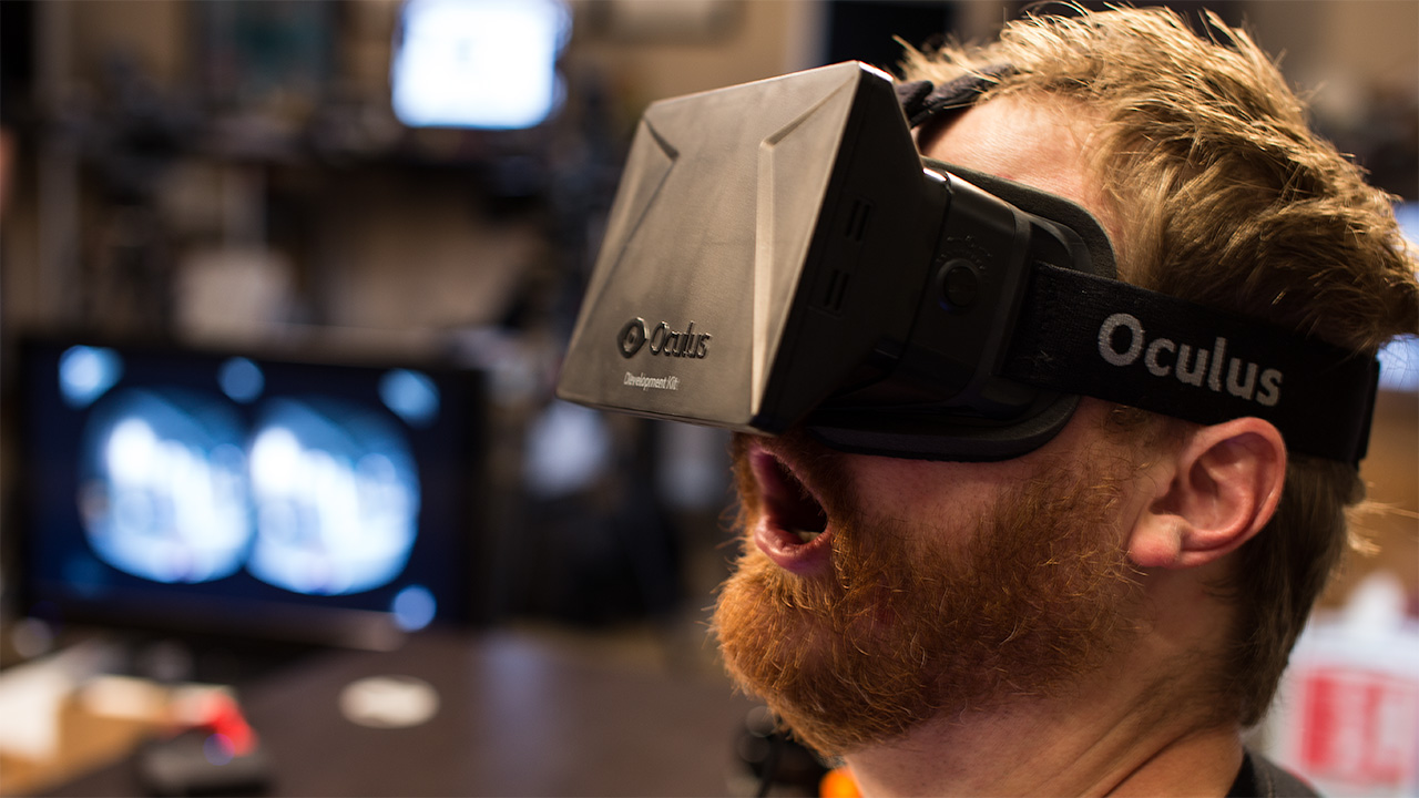 Oculus Rift RV Head Set purchased by Facebook for $2BN