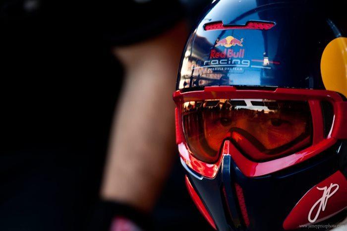 Red Bull Racing Mechanic || Circuit de Catalunya || Feb 21, 2012