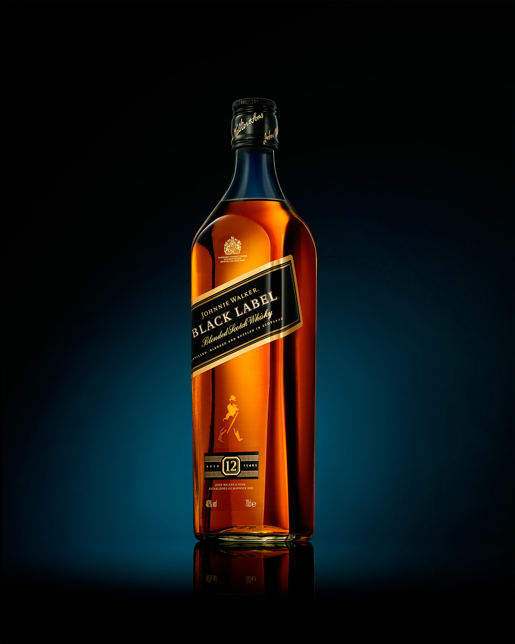 2018-01_JohnnyWalker_Bottle_sm_sRGB.jpg