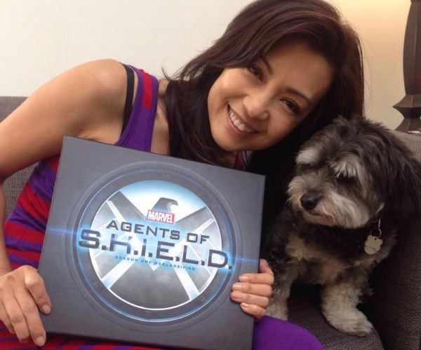 Ming-Na Wen (and Arthur) showing of the first season Declassified book! (Photo Courtesy Ming-Na Wen's Twitter)