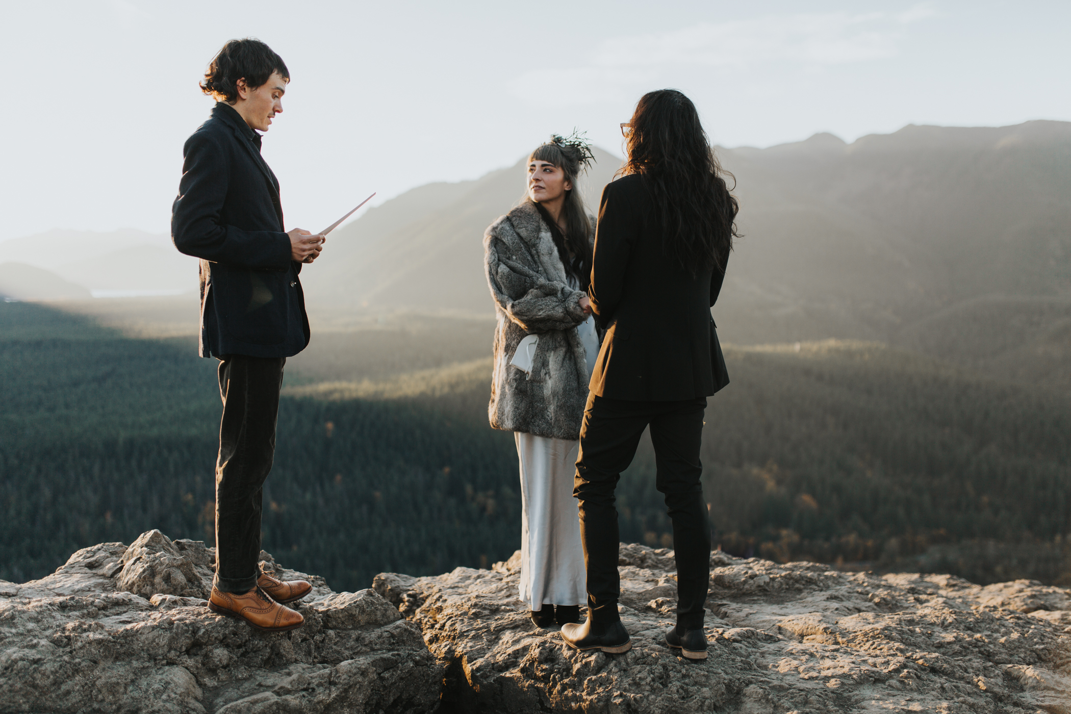 Rattlesnake Ledge Seattle Wedding Photographer