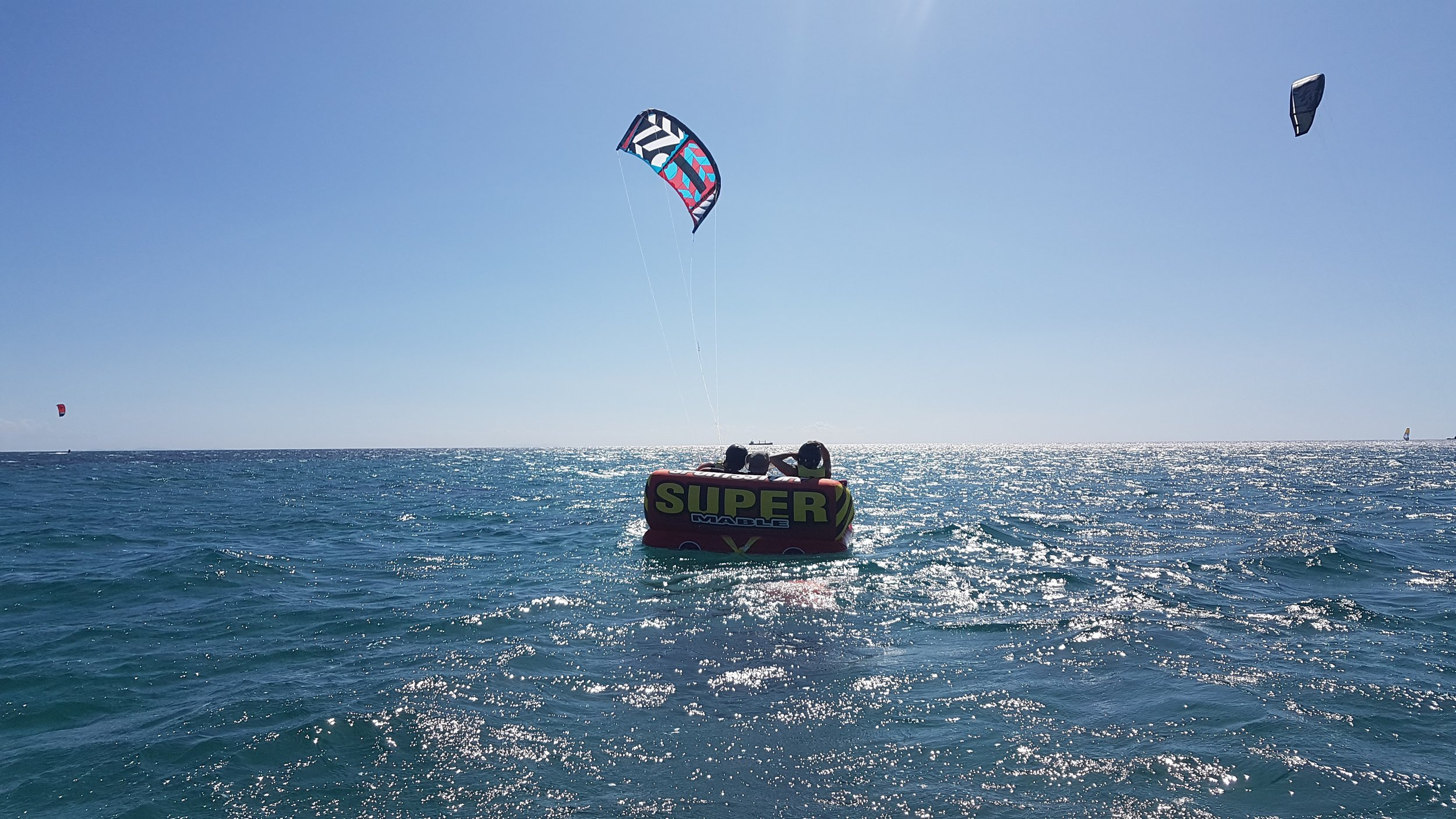 Nev, Coulis (instructor), Zuzana Piloting The Kite From The Inflatable Sofa