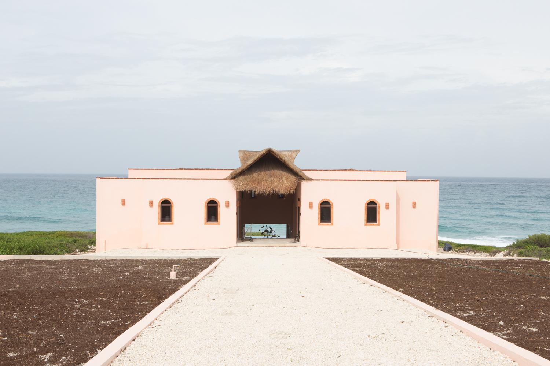 Casa Gemelos aka The Twin House