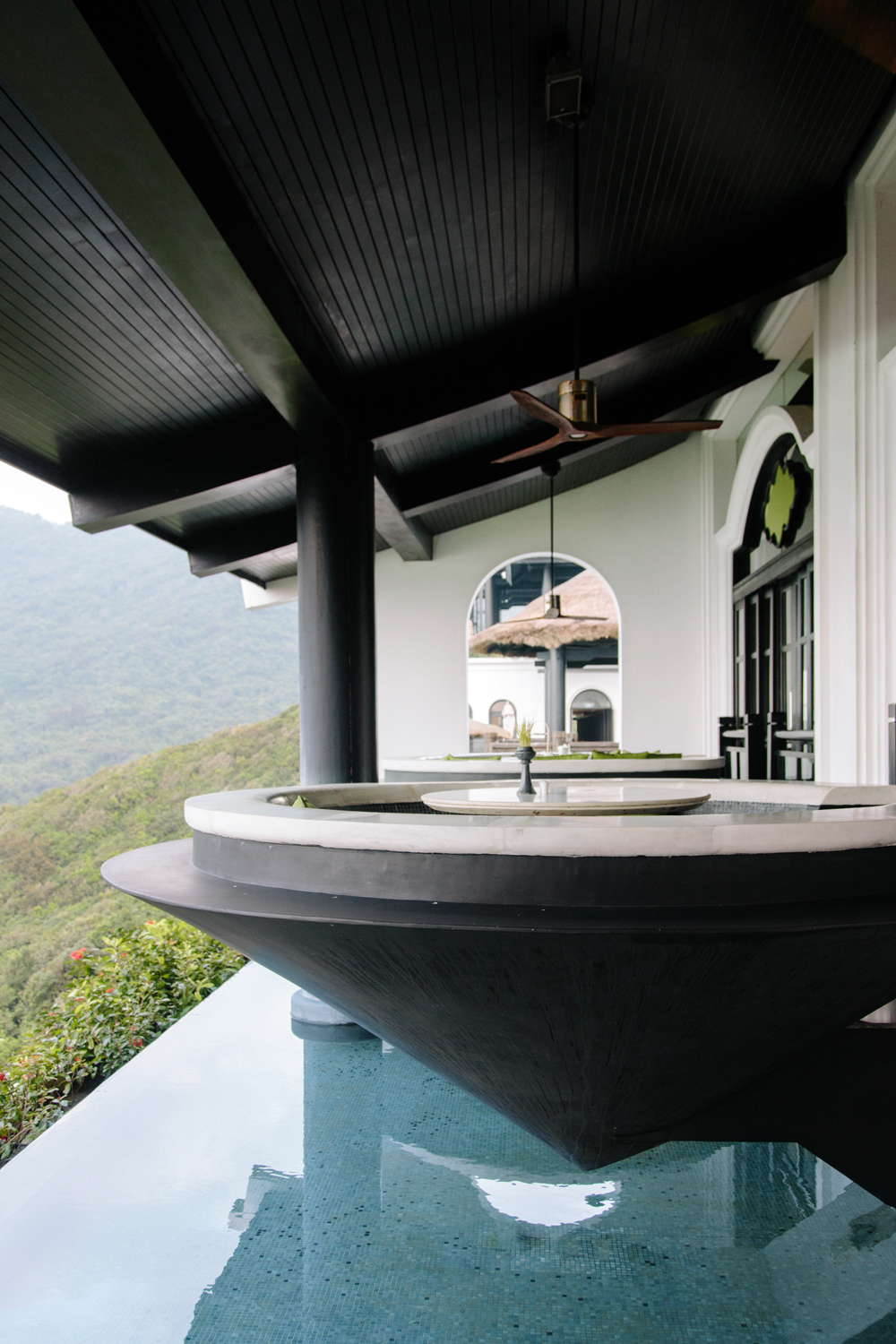 Bold design and architectural elements framethe natural views perfectly.