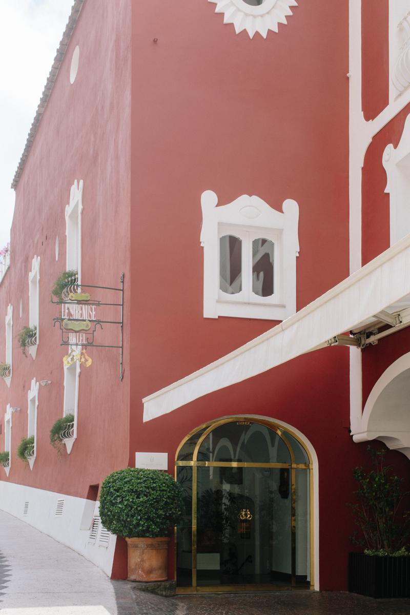 Entrance on Via Cristoforo Colombo