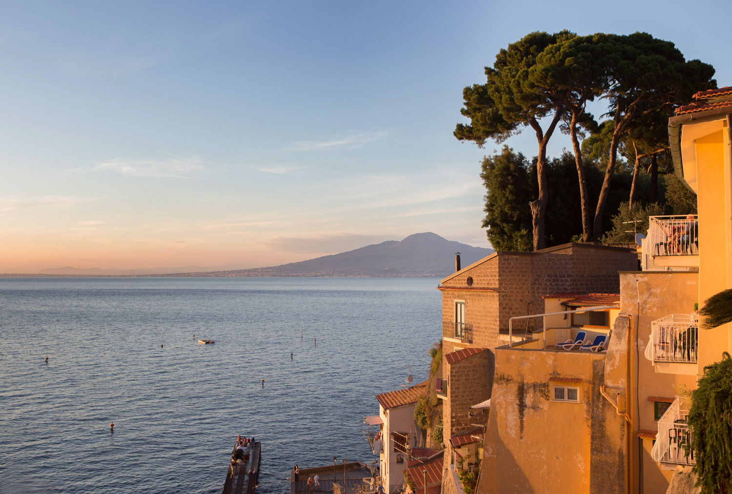 Clear views of Mount Vesuvius from the marina