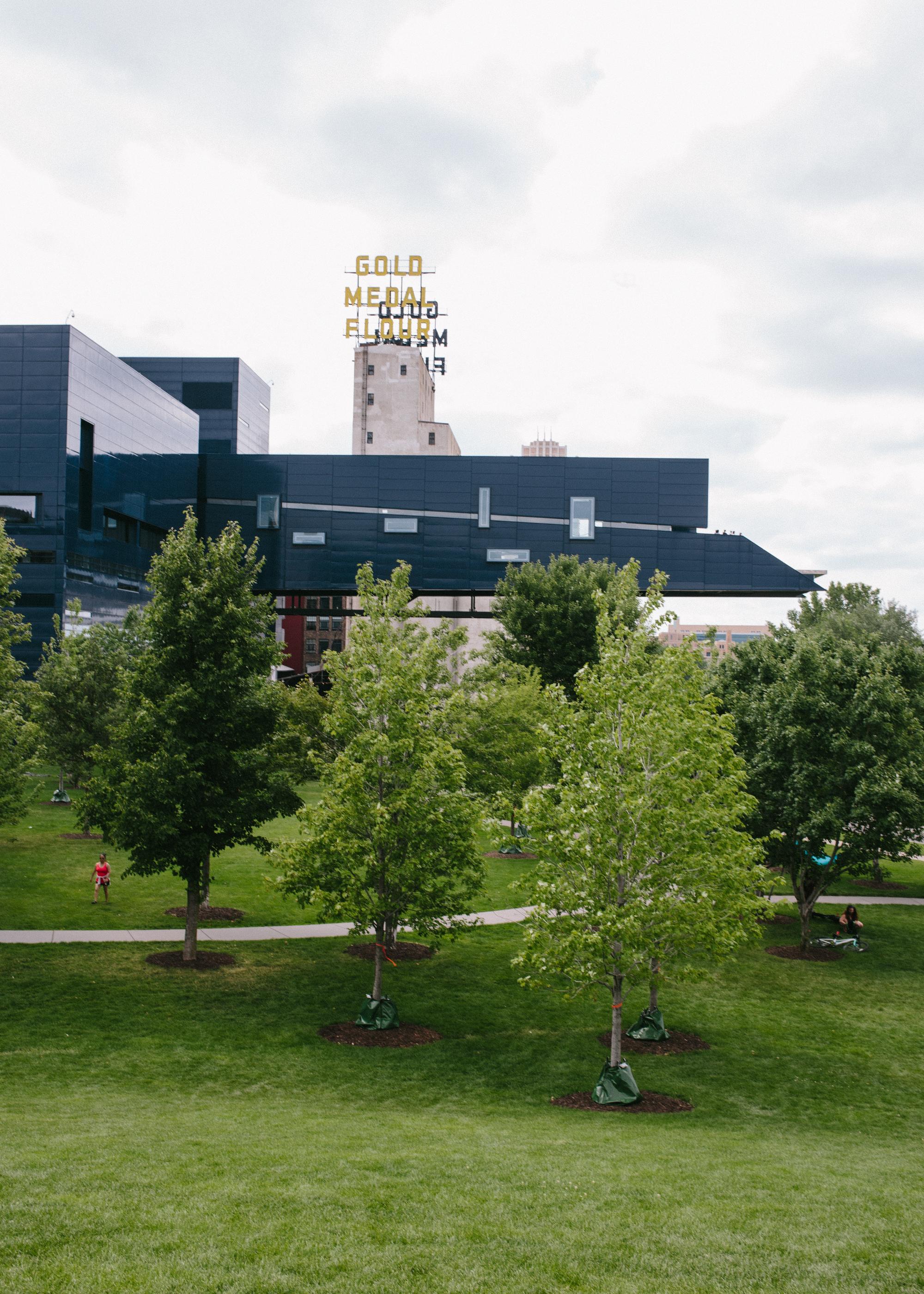 Minneapolis-Guthrie-Theater-8626