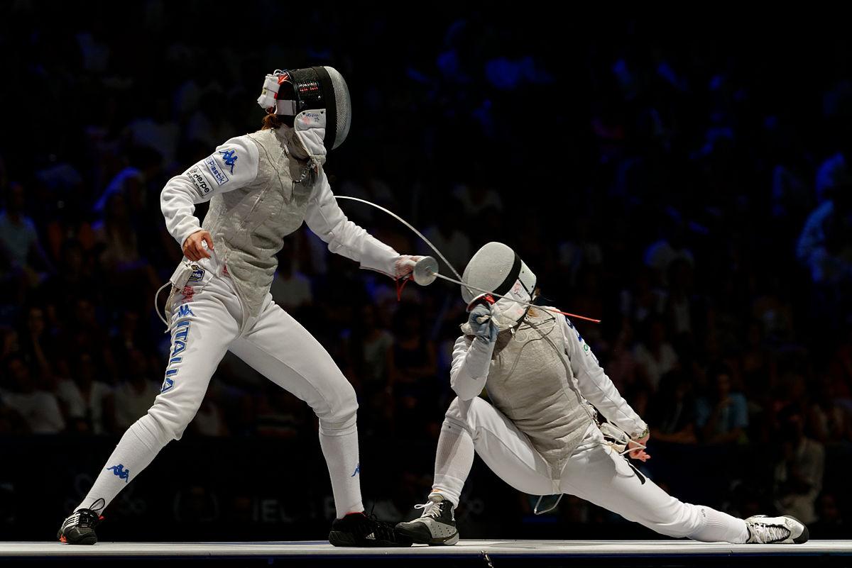 1200px-Final_2013_Fencing_WCH_FMS-IN_t200907.jpg