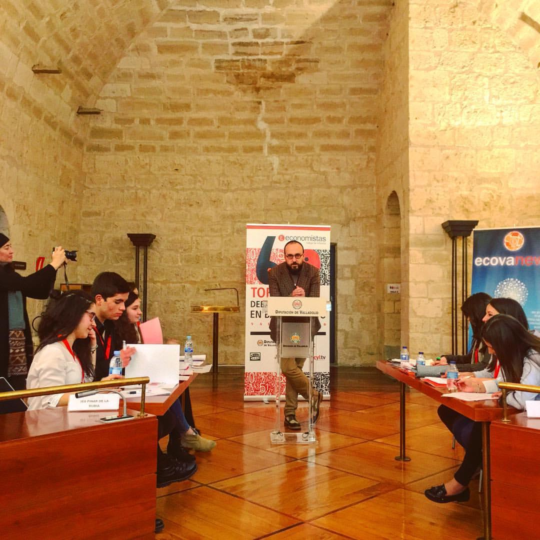 Torneo de Debate Económico en Bachillerato (Valladolid)