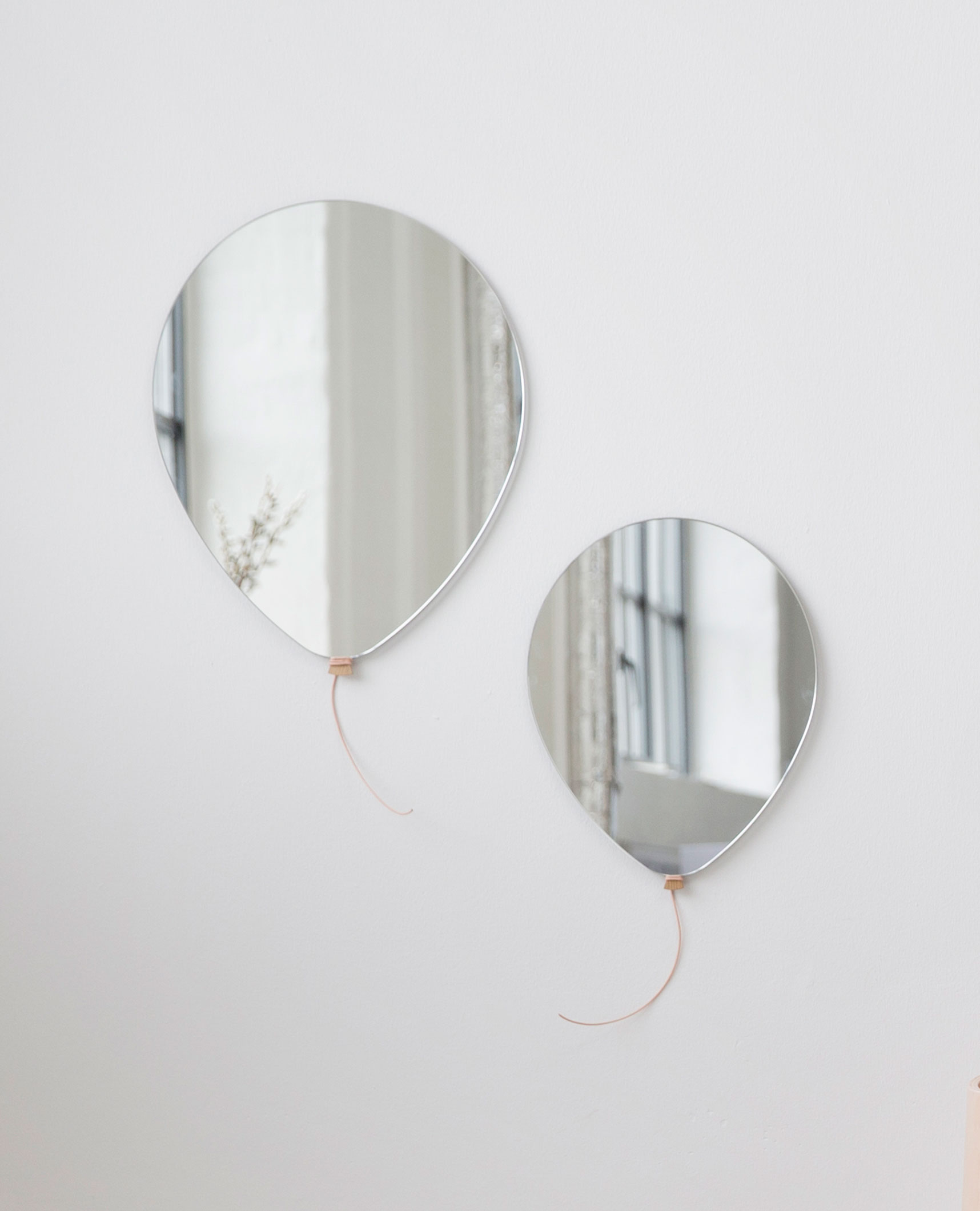EO_Balloon-mirrors.jpg