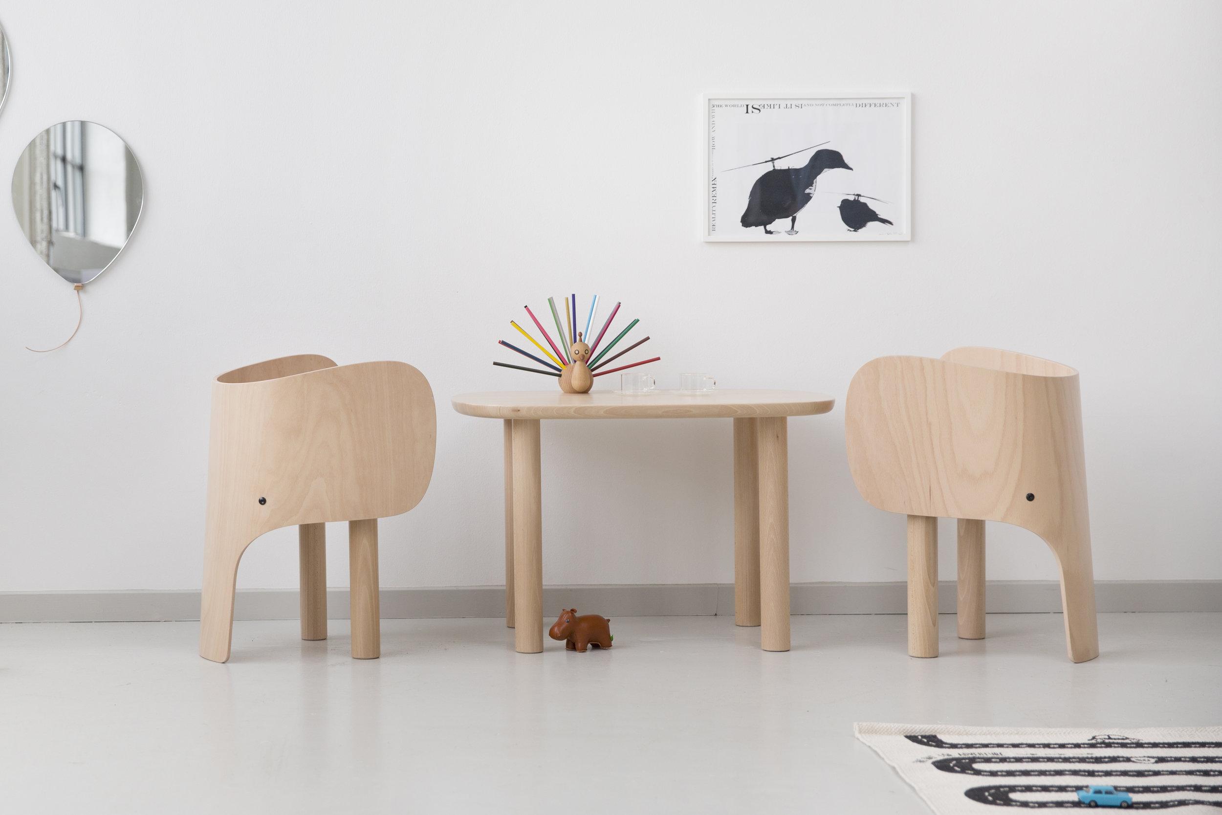EO_Elephant_Chair_Table_01.jpg