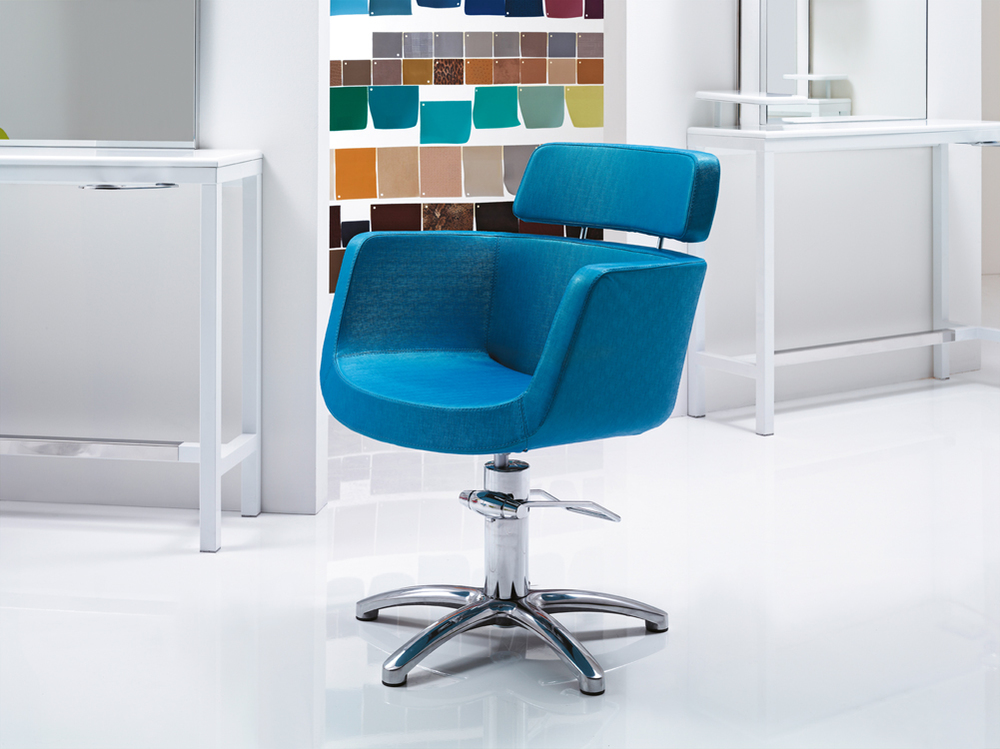 frisør stol blå.jpg