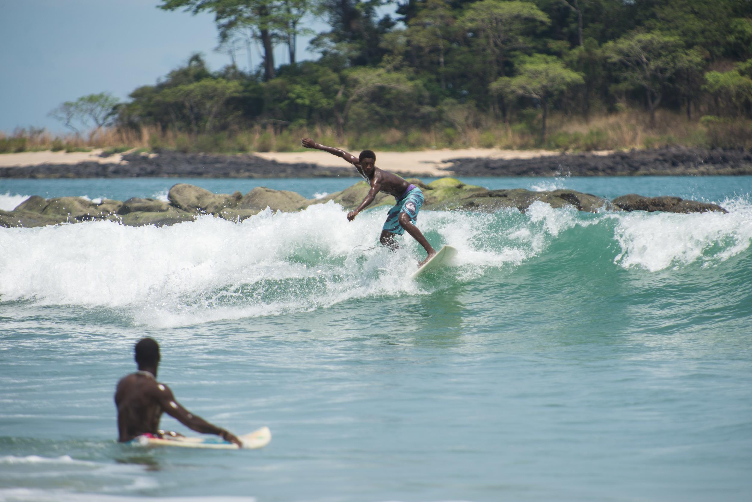 Mohammed_surf01.jpg