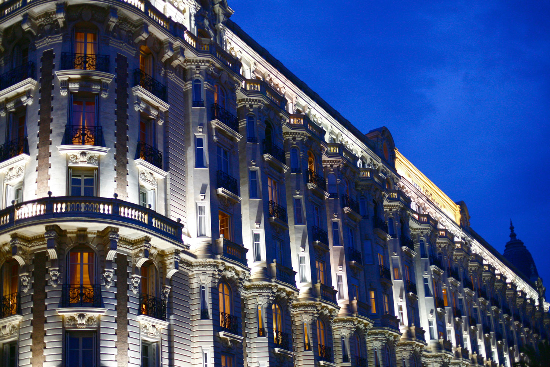Carlton Hotel Cannes at dusk.jpg