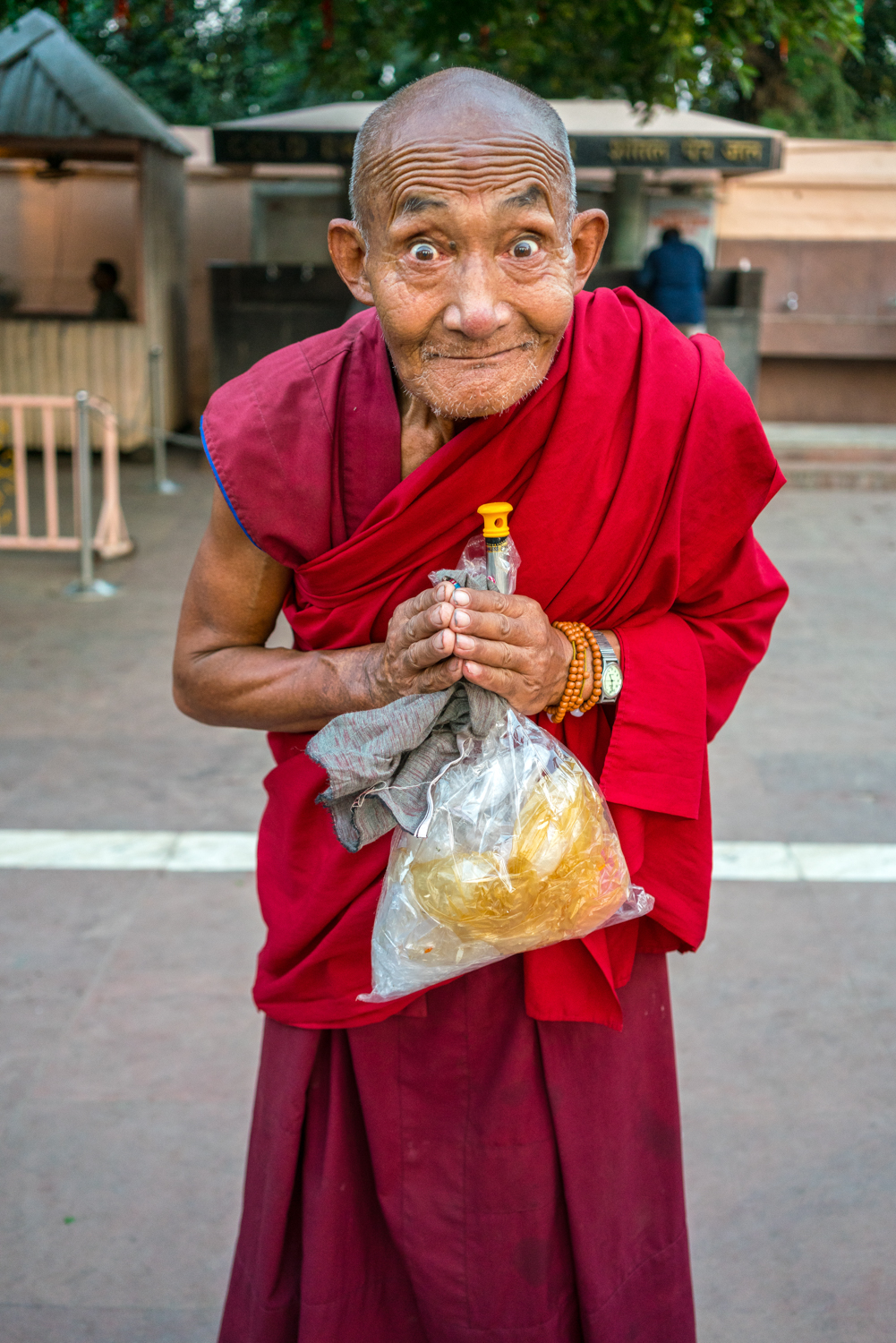 Budist in the Mahabodhi Temple at Bodh Gaya