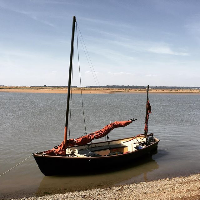 The Eliza Doolittle at Shingle Street doing very little
