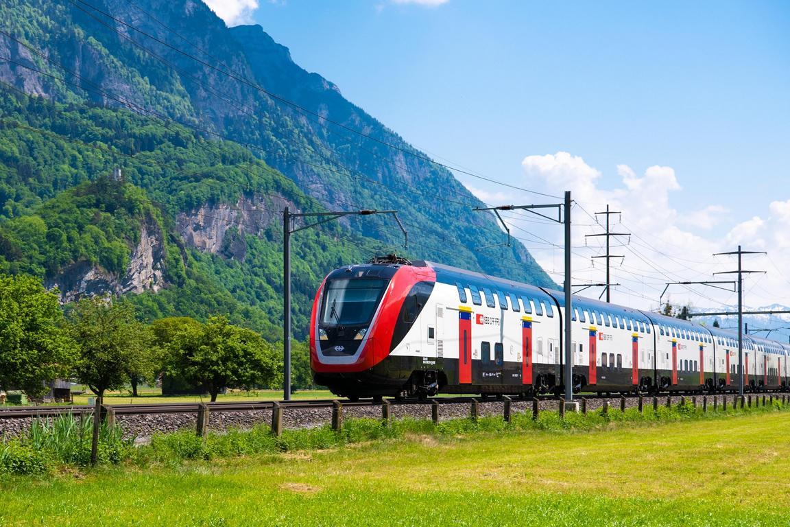 swiss train transport.jpg